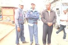 Joseph med två kollegor i Nairobi